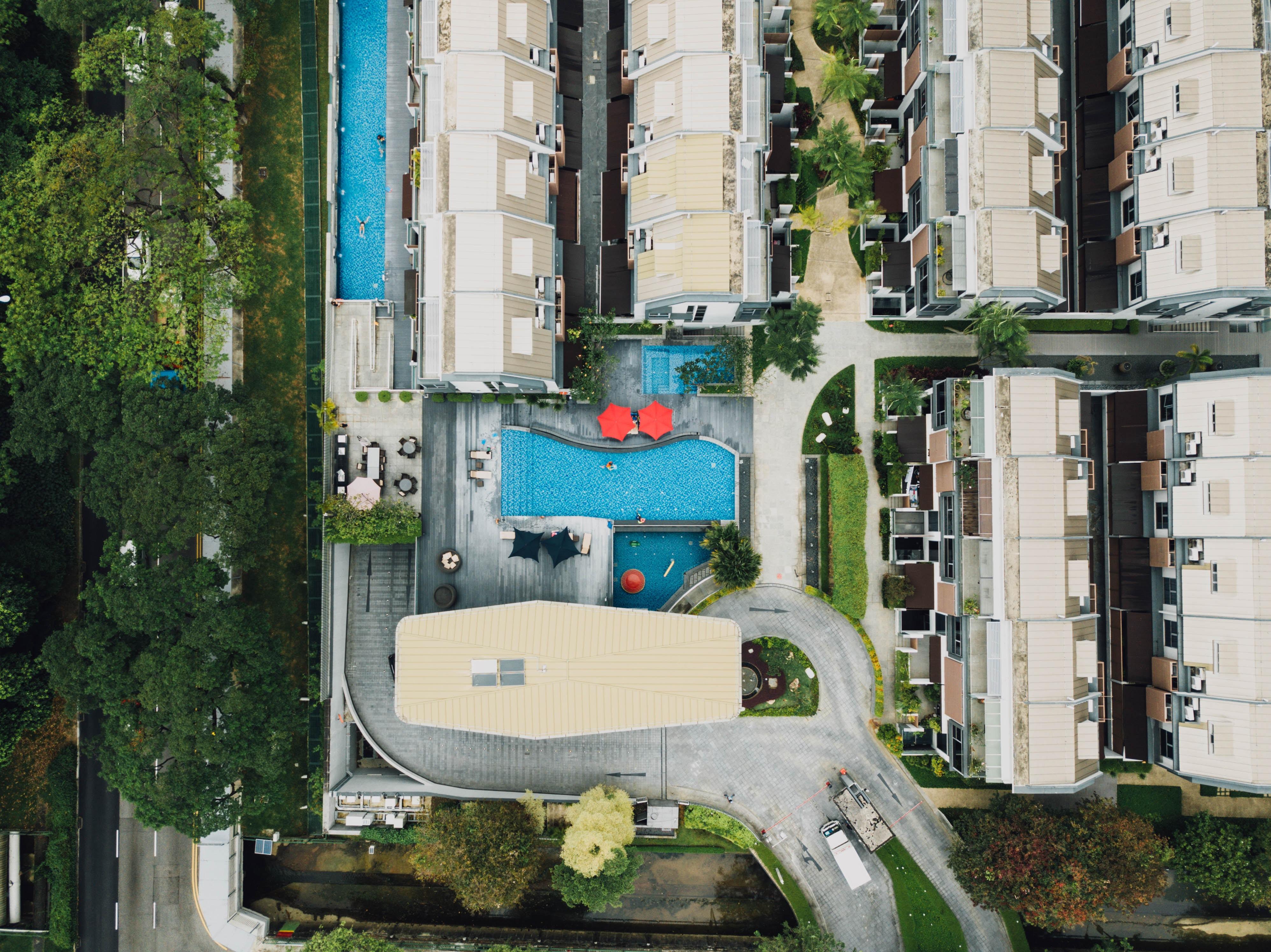 Mantenimiento de piscinas en una comunidad de vecinos