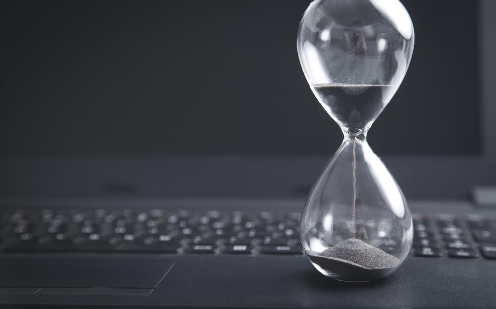 砂時計とキーボード