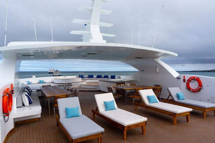 Balcony infinity cruise
