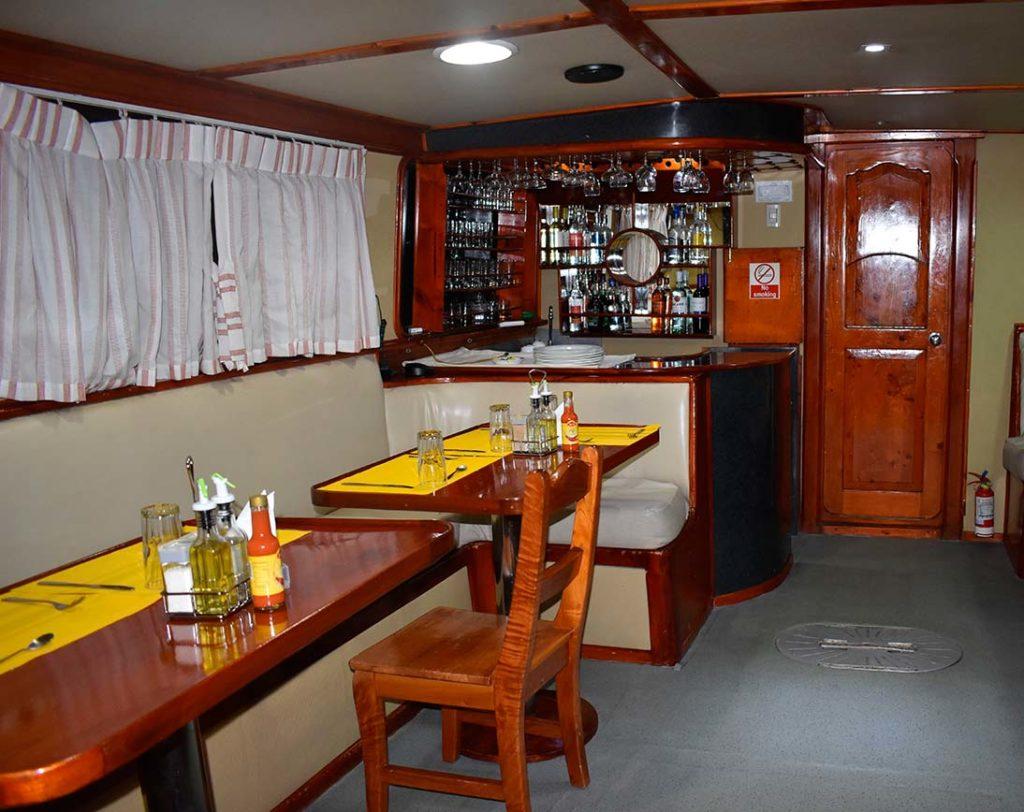Bar floreana