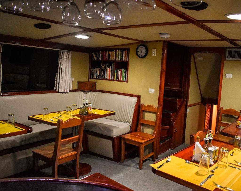 Dining room floreana