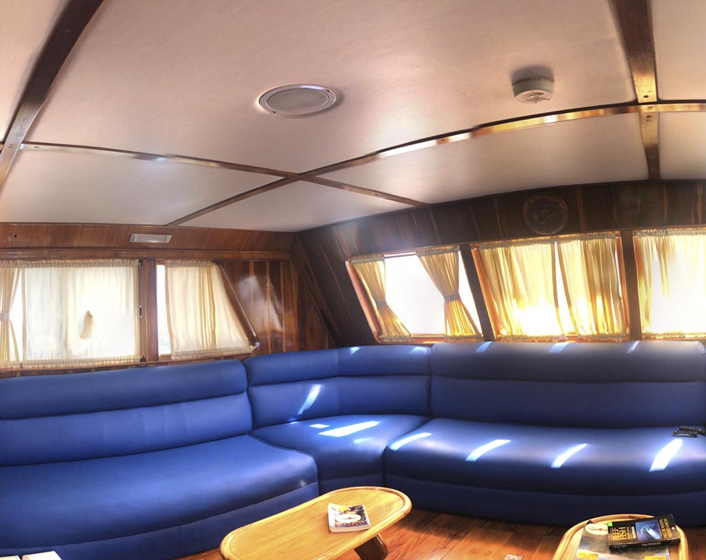 Fragata living area
