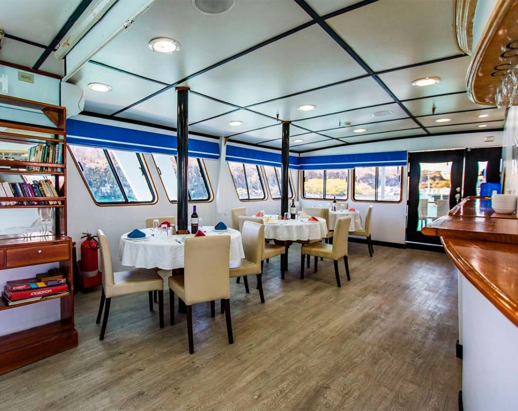 Dining area yolita