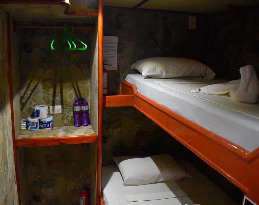 Bedroom floreana