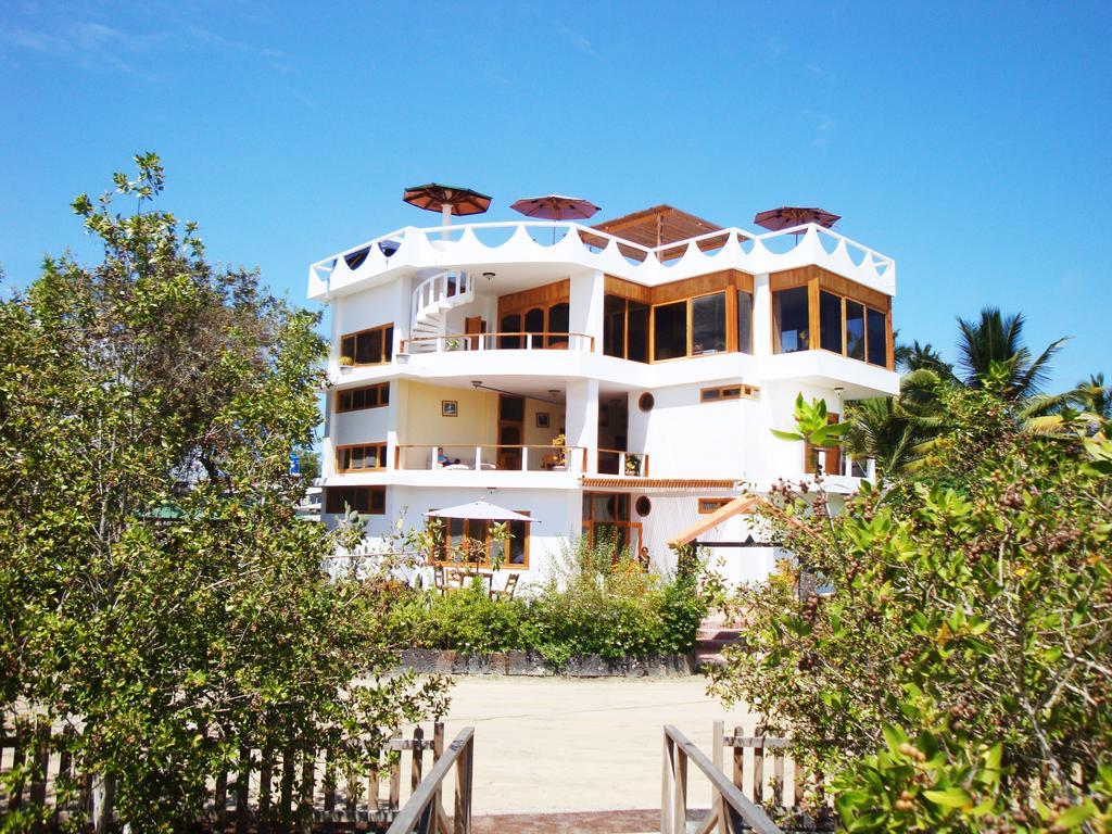 La Laguna | Galapagos Hotel