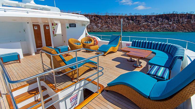 Sun deck   Gran Daphne