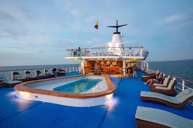 Galapagos legend upper deck