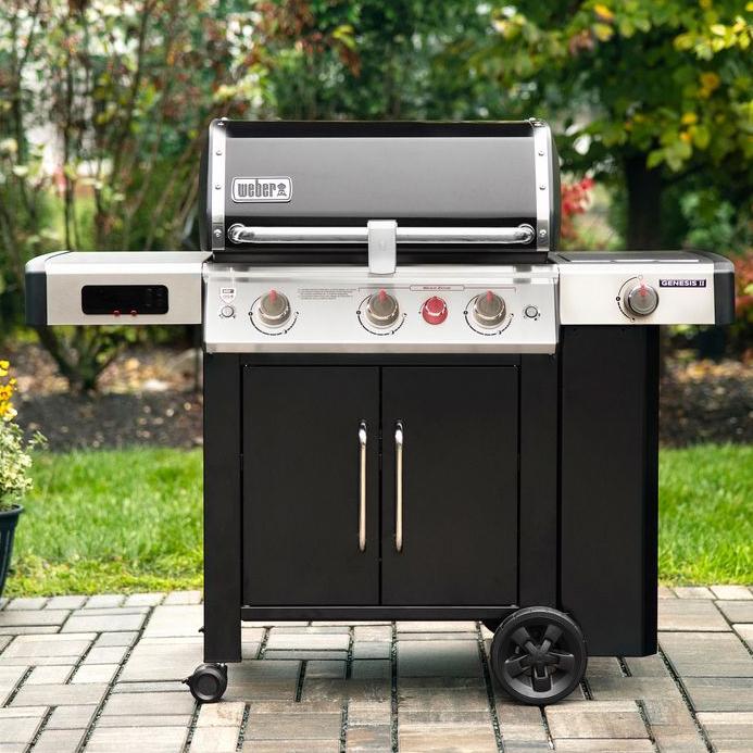 Weber Genesis EX335, wifi enabled gas grill