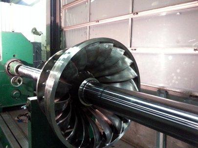 GottneEnergi-Balansering-av-turbinaxel-och-löphjul.jpg