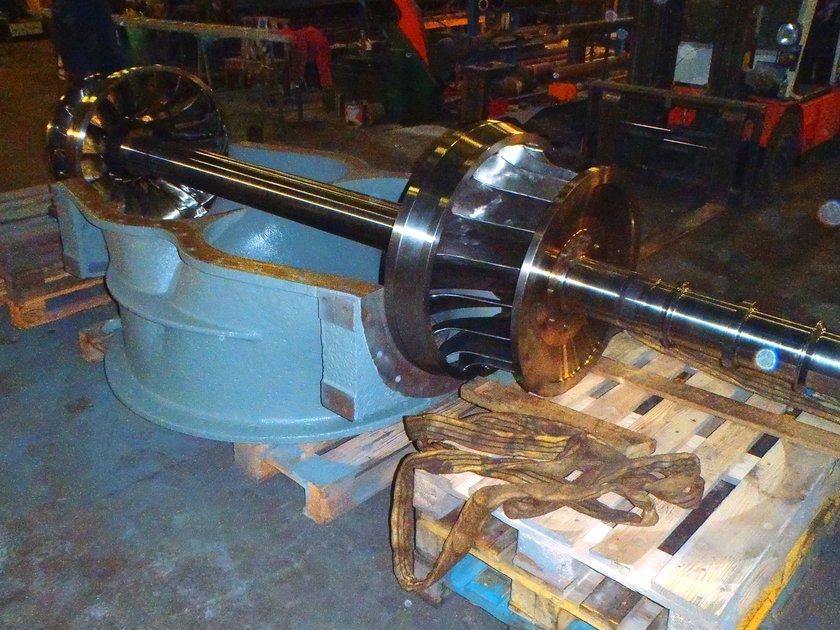 GottneEnergi-Montage-av-turbin.jpg