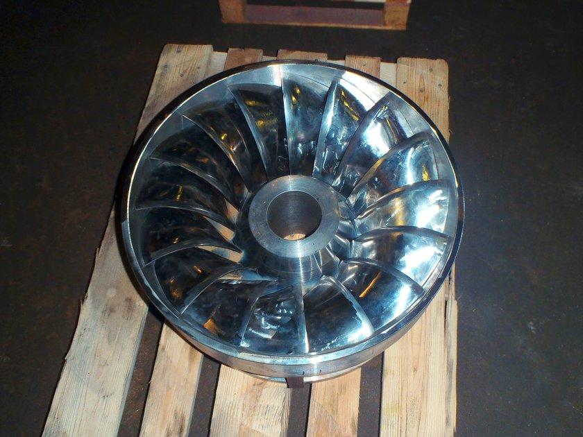 ArcticPaper-Löphjul-under-tillverkning-(2).jpg