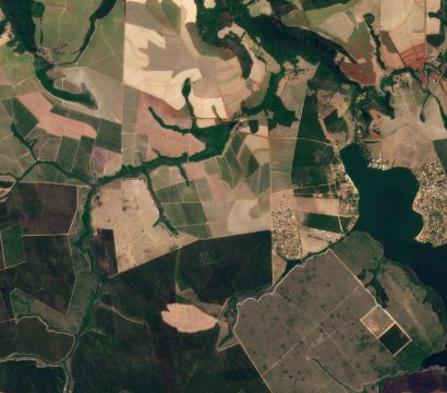 PlanetScope imagery of can help farmers scout for weeds, pests and diseases, as well as nutrient and water stress. © 2021, Planet Labs Inc. All Rights Reserved.