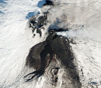 SkySat captures lave flows on Mount Etna volcano's summit craters.