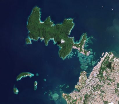 A PlanetScope image shows the islands of Tunku Abdul Rahman National Park and nearby Kota Kinabalu, on the Malaysian portion of Borneo. © 2021, Planet Labs Inc. All Rights Reserved.
