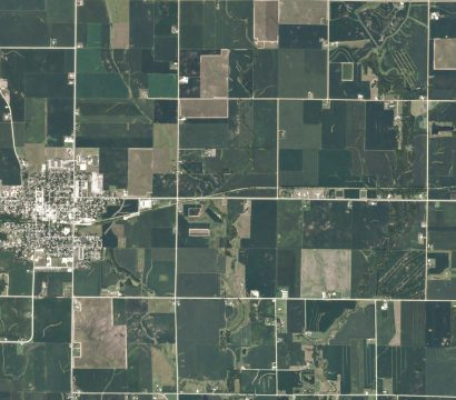 PlanetScope imagery of damaged fields in Iowa following a wind storm. © 2020, Planet Labs Inc. All Rights Reserved.
