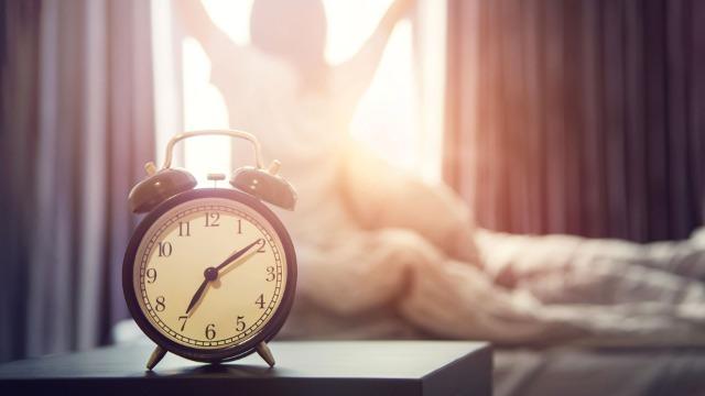 Come svegliarsi presto la mattina (insegnato da uno Psicologo che si svegliava tardi)