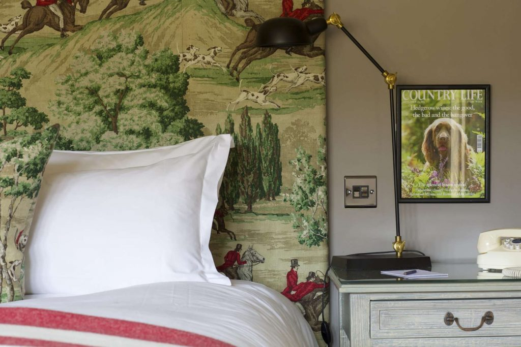 The Manor House Moreton in Marsh headboard