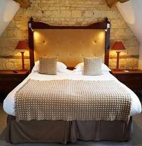 Cotswold House cottage room
