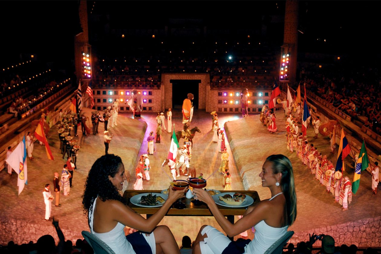 Xcaret México Espectacular night show