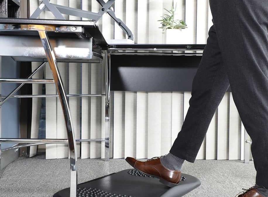 Best standing desk footrest you should never miss