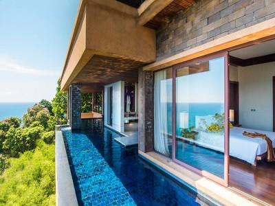 Spa Pool Suite