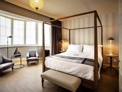 Room Edward