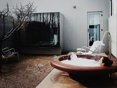 Double room with private yard and outdoor tub