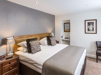Standard Double or Twin Ensuite Room