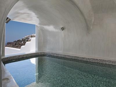 Honeymoon Plunge Pool Suite