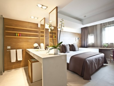 family rooms and suites