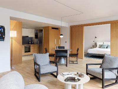 Suite Tronchet