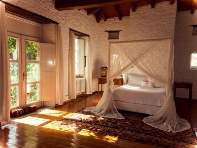 Large Villa Bedroom
