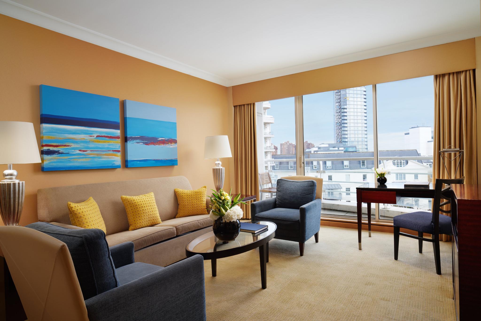 SUITE Marina Suite