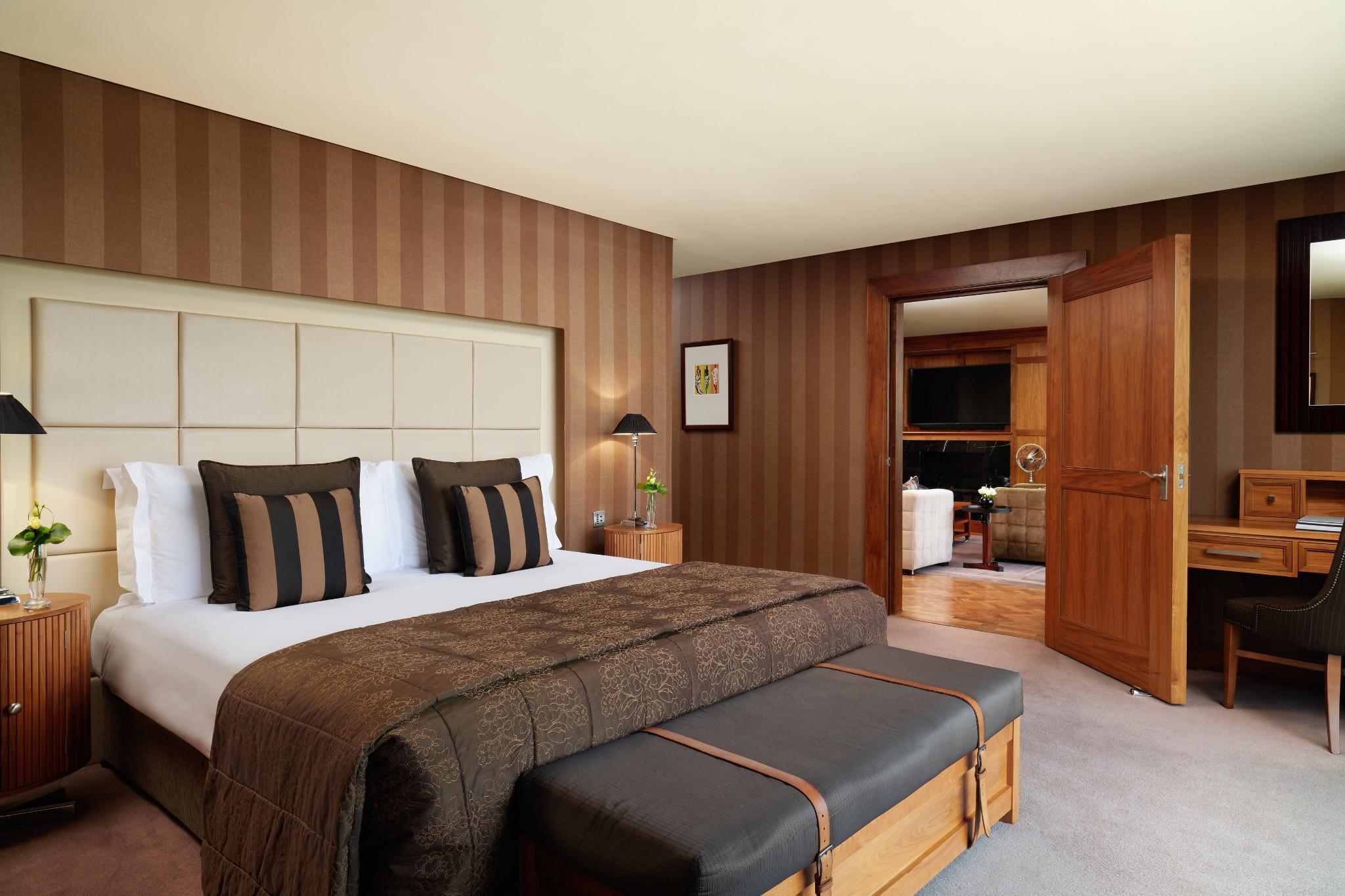 SUITE Penthouse Suites