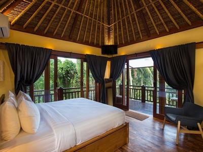 Forest Retreat Suite