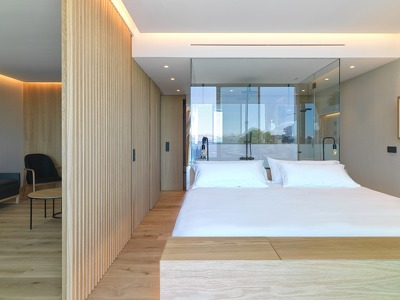 Noa Suite