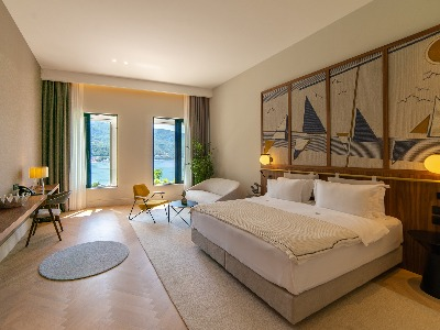 Comfort suite with sea view and terrace