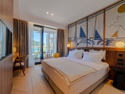 Deluxe  room with sea view and terrace