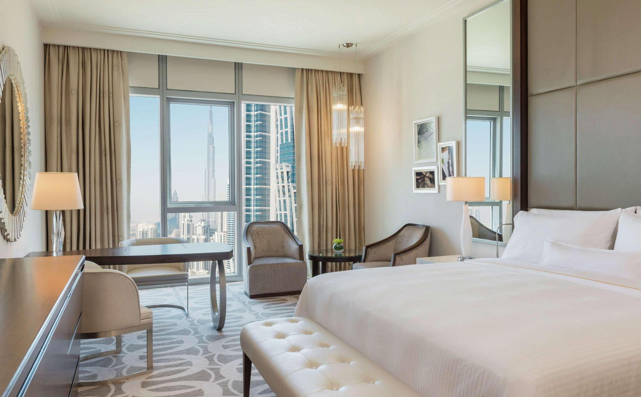 DOUBLE King Deluxe Room With Burj Khalifa View