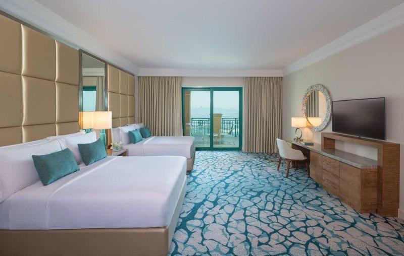 DOUBLE Palm Queen Room