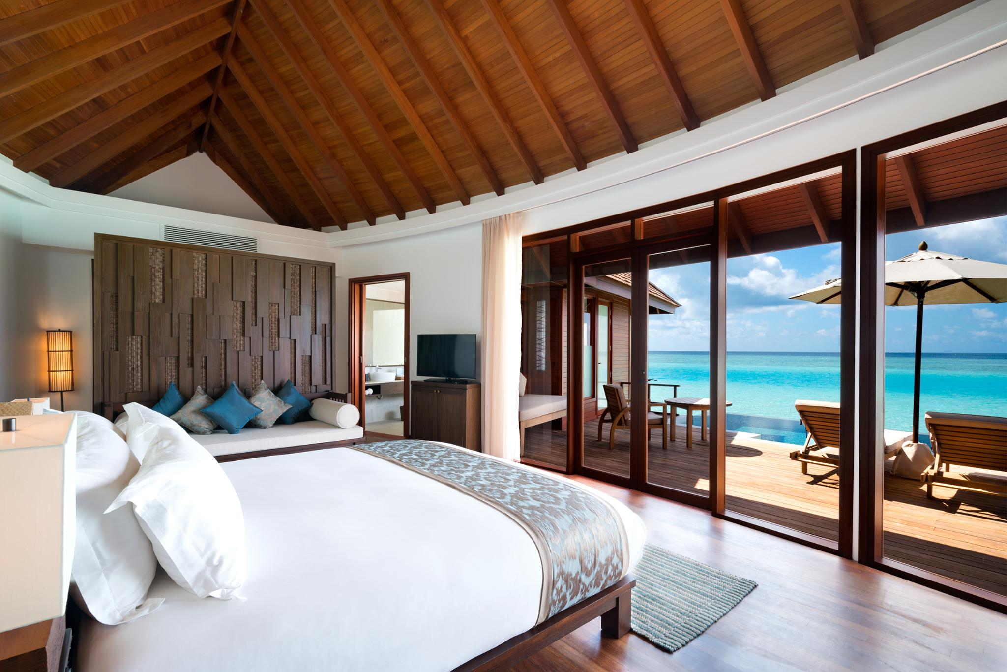 DOUBLE Anantara Over Water Pool Suite