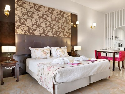 Premier One Bedroom Sea Or Pool View Apartment For 2 Guests