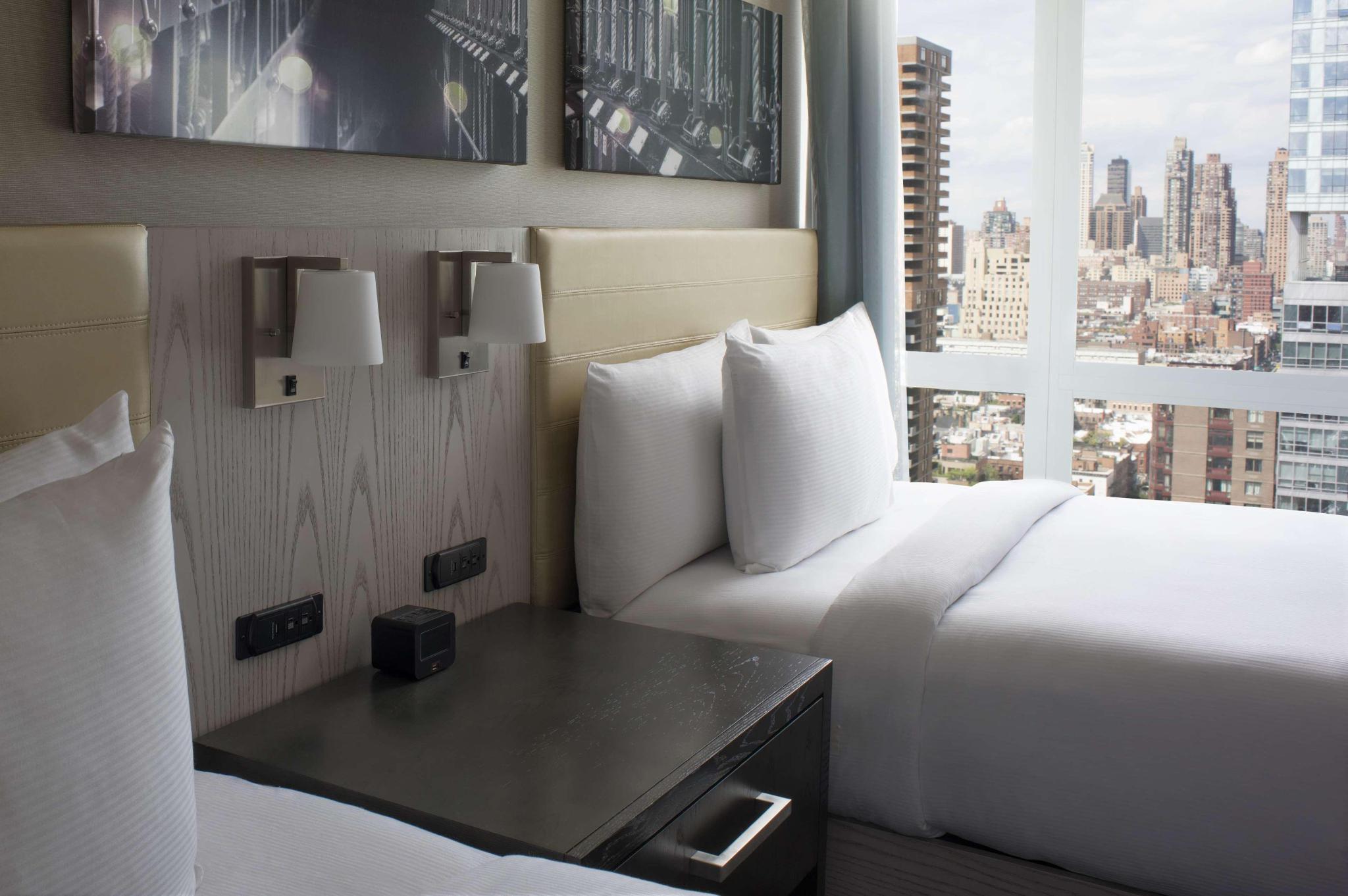 2 Double Beds Premium City View