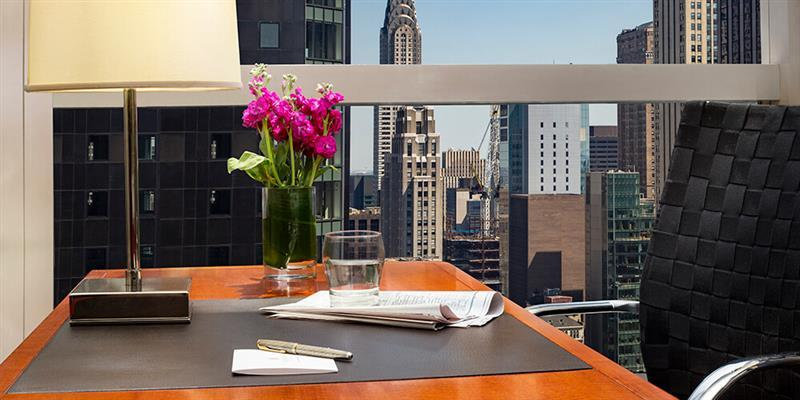 DOUBLE 1 King Superior Manhattan Sky View