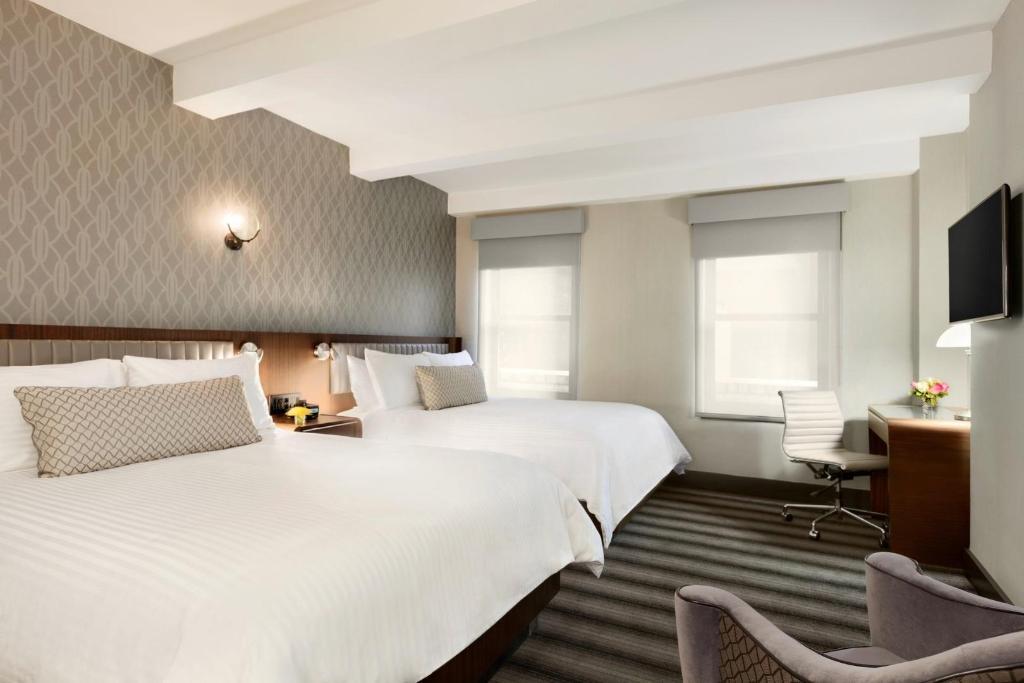 Signature Suite 2 Queen Beds