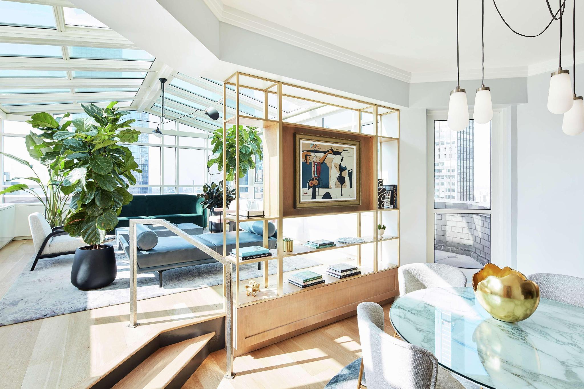 Atrium Suite - 1 King Bed