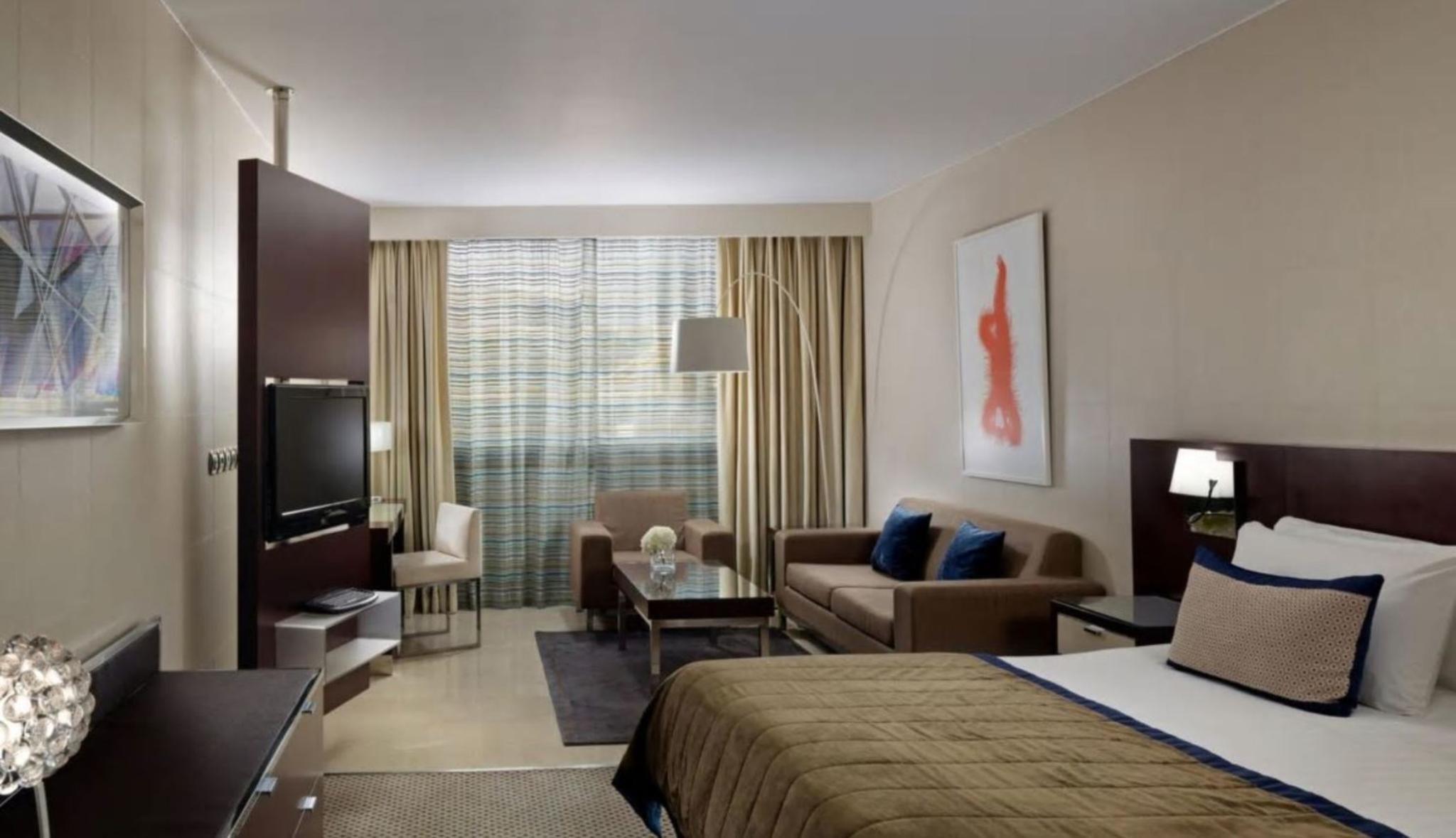 Room 1 KING BED DELUXE ROOM