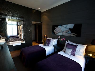 A Good Room