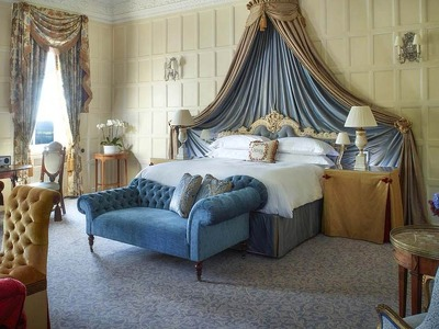 Lady Astor Suite  + Chic Treats in Overview