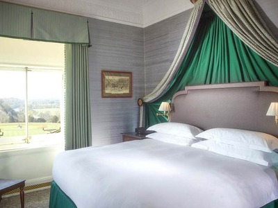 Prince of Wales Suite  + Chic Treats in Overview